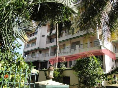 Gallery Cover Image of 1427 Sq.ft 3 BHK Apartment for buy in Murugeshpalya for 8500000