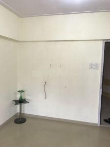Gallery Cover Image of 365 Sq.ft 1 BHK Apartment for rent in Kandivali East for 16000