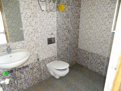 Bathroom Image of Corporate Girls PG in Sector 39