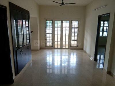 Gallery Cover Image of 1100 Sq.ft 2 BHK Villa for rent in Aminjikarai for 25000