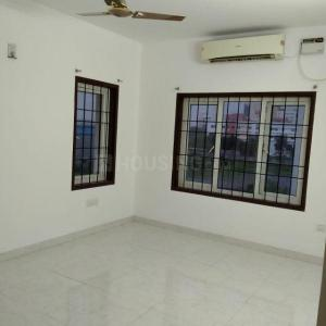 Gallery Cover Image of 1923 Sq.ft 3 BHK Apartment for buy in Mistrel Apartments, Sholinganallur for 8000000