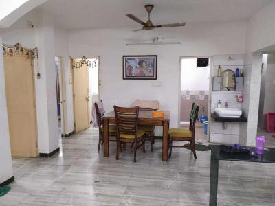 Gallery Cover Image of 1850 Sq.ft 3 BHK Apartment for rent in Chanakyapuri for 25000