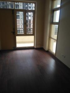 Gallery Cover Image of 1557 Sq.ft 3 BHK Apartment for rent in Sector 78 for 8000