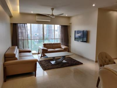 Gallery Cover Image of 1600 Sq.ft 3 BHK Apartment for rent in L Nagpal Jaswant Heights , Khar West for 150000
