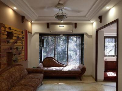 Gallery Cover Image of 1500 Sq.ft 3 BHK Apartment for rent in Vile Parle East for 120000