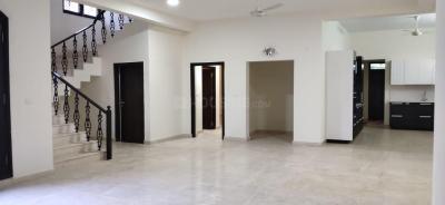 Gallery Cover Image of 4659 Sq.ft 4 BHK Villa for rent in Prestige Royal Woods, Kismatpur for 88000