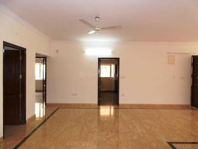 Gallery Cover Image of 2400 Sq.ft 3 BHK Apartment for rent in Jayamahal for 65000