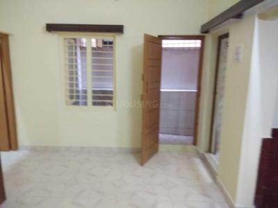 Gallery Cover Image of 600 Sq.ft 2 BHK Independent House for rent in S.G. Palya for 14500