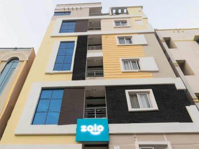 गाछीबौली में ज़ोलो लियो के बिल्डिंग की तस्वीर