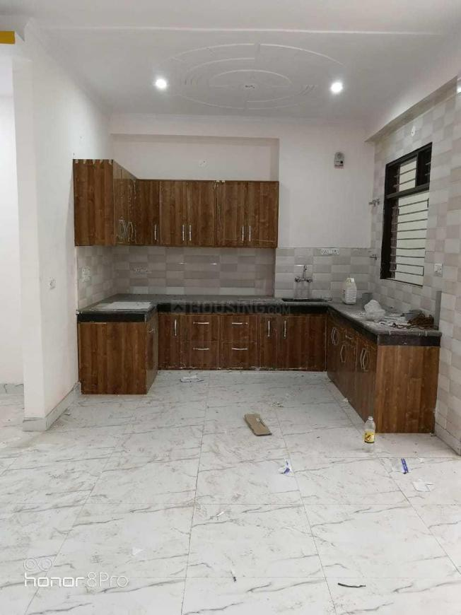 Kitchen Image of 1800 Sq.ft 3 BHK Independent Floor for rent in Sector 23 for 28000