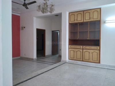 Gallery Cover Image of 2500 Sq.ft 3 BHK Independent Floor for rent in Sector 61 for 26000