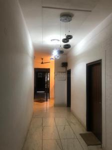 Gallery Cover Image of 3800 Sq.ft 5 BHK Independent Floor for buy in Vikaspuri for 30000000