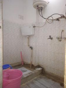 Bathroom Image of Pankaj PG in Mayur Vihar Phase 1