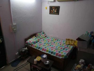 Gallery Cover Image of 350 Sq.ft 1 RK Apartment for rent in Saket for 13000