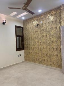 Gallery Cover Image of 950 Sq.ft 3 BHK Independent Floor for buy in Uttam Nagar for 5400000