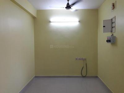Gallery Cover Image of 900 Sq.ft 2 BHK Apartment for rent in Choolaimedu for 20000
