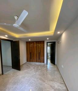 Gallery Cover Image of 3000 Sq.ft 3 BHK Apartment for buy in Sector 46 for 10700000