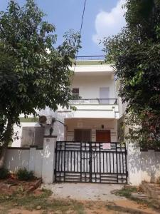 Gallery Cover Image of 1450 Sq.ft 3 BHK Independent House for buy in Manneguda for 8100000