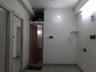 Gallery Cover Image of 650 Sq.ft 2 BHK Apartment for rent in Tollygunge for 15000