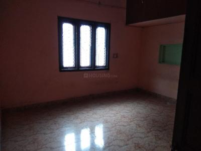 Gallery Cover Image of 550 Sq.ft 1 BHK Independent House for rent in Perungalathur for 8500