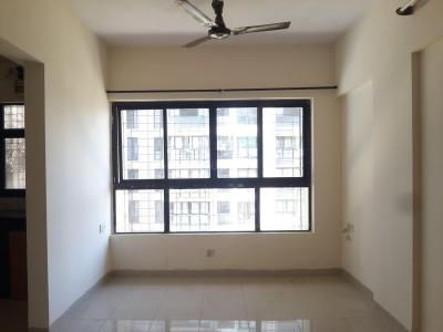 Gallery Cover Image of 450 Sq.ft 1 BHK Apartment for rent in Kandivali East for 16000
