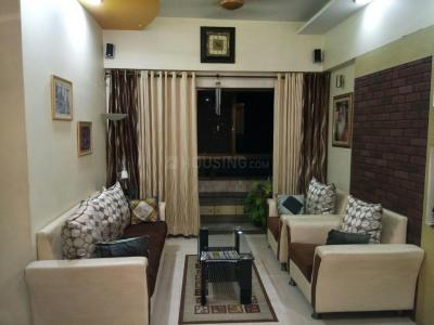 Gallery Cover Image of 850 Sq.ft 2 BHK Apartment for buy in Thane West for 12600000