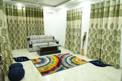 Gallery Cover Image of 1350 Sq.ft 3 BHK Apartment for buy in Ugrasen Nagar for 13000000