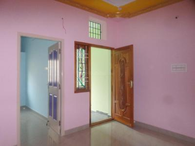 Gallery Cover Image of 450 Sq.ft 1 BHK Independent Floor for rent in Ayappakkam for 5500