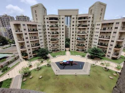 Gallery Cover Image of 2050 Sq.ft 4 BHK Apartment for rent in Magarpatta Laburnum Park, Magarpatta City for 55000