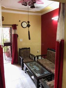 Gallery Cover Image of 800 Sq.ft 2 BHK Independent House for rent in Vikaspuri for 13000