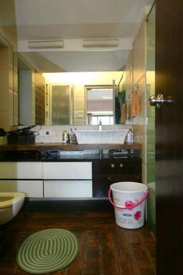 Kitchen Image of 1250 Sq.ft 3 BHK Apartment for rent in Bandra West for 250000