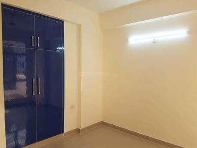 Gallery Cover Image of 1290 Sq.ft 3 BHK Apartment for rent in Khera Dhrampura for 8000