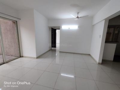 Gallery Cover Image of 1100 Sq.ft 2 BHK Apartment for rent in Kolte Patil Western Avenue, Wakad for 19000