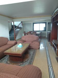 Gallery Cover Image of 2450 Sq.ft 4 BHK Apartment for rent in Nerul for 62000