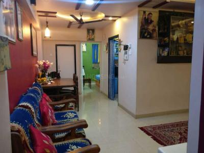Gallery Cover Image of 850 Sq.ft 2 BHK Apartment for buy in Kandivali East for 15455000
