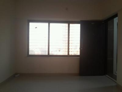 Gallery Cover Image of 950 Sq.ft 2 BHK Apartment for rent in Lotus Heights, Malad West for 30000
