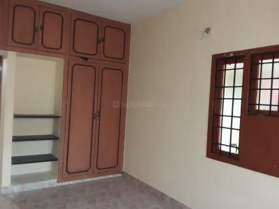 Gallery Cover Image of 1450 Sq.ft 3 BHK Independent Floor for rent in Thiruvanmiyur for 25000