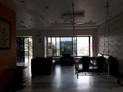 Gallery Cover Image of 4500 Sq.ft 3 BHK Independent House for rent in Goregaon East for 275000
