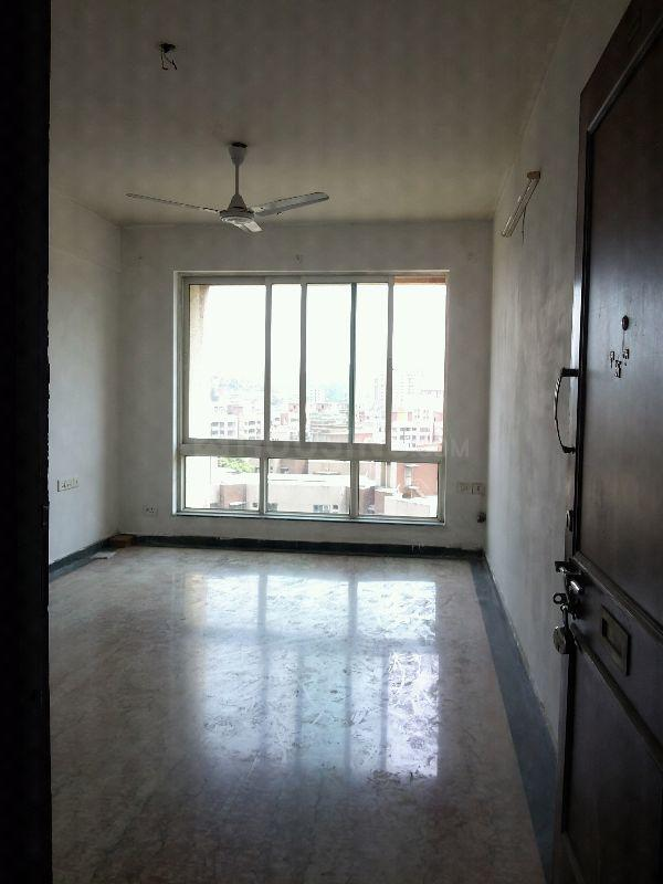 Living Room Image of 650 Sq.ft 1 BHK Apartment for rent in Andheri East for 30000