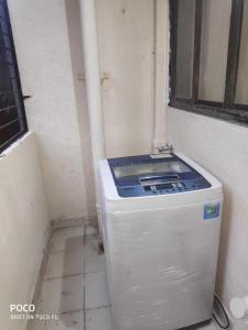 Bathroom Image of Anmol Property PG in Vikhroli West