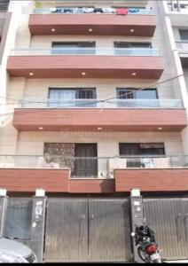 Gallery Cover Image of 1800 Sq.ft 3 BHK Independent Floor for buy in Rajouri Garden for 22500000