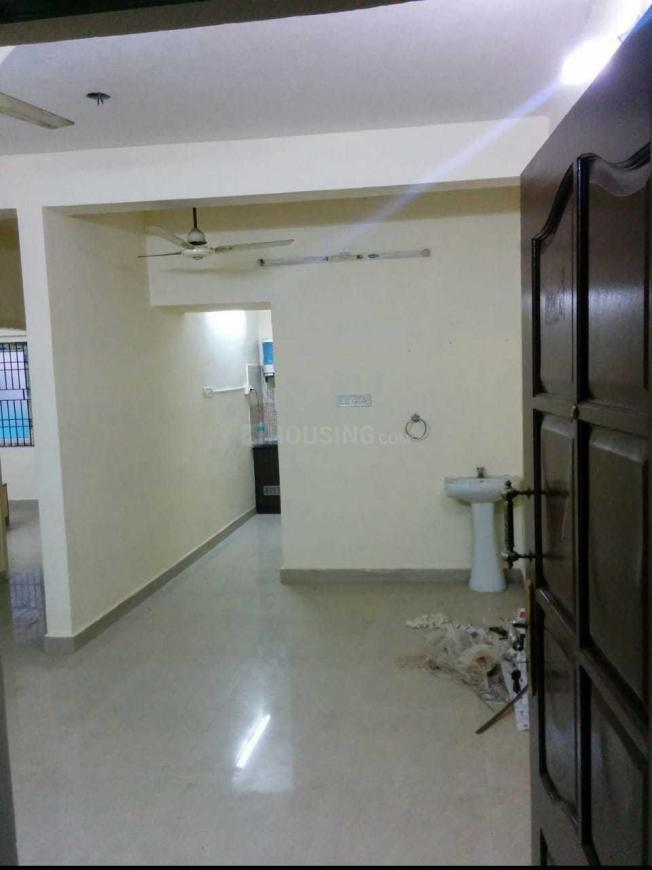 Living Room Image of 832 Sq.ft 2 BHK Apartment for rent in Tambaram for 8500