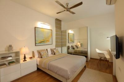 Gallery Cover Image of 1335 Sq.ft 3 BHK Apartment for buy in Kodambakkam for 18000000