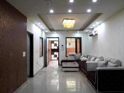 Gallery Cover Image of 1100 Sq.ft 3 BHK Apartment for rent in Paschim Vihar for 35000