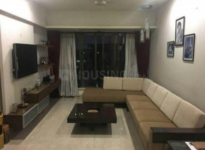 Gallery Cover Image of 615 Sq.ft 1 BHK Apartment for rent in Prabhadevi for 65000