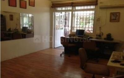 Gallery Cover Image of 925 Sq.ft 2 BHK Apartment for buy in Colaba for 39900000