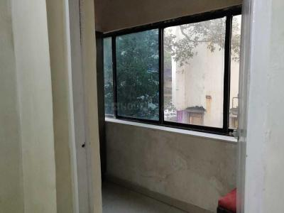 Gallery Cover Image of 780 Sq.ft 2 BHK Apartment for rent in Juhu for 90000
