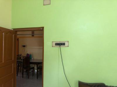 Gallery Cover Image of 550 Sq.ft 3 BHK Independent House for rent in Sodepur for 6000