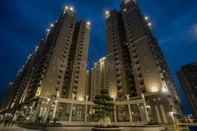 Gallery Cover Image of 1735 Sq.ft 3 BHK Apartment for buy in Purvanchal Royal City, Chi V Greater Noida for 7847250
