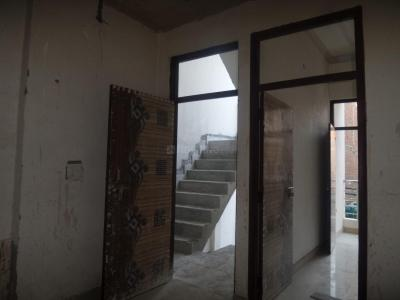 Gallery Cover Image of 500 Sq.ft 2 BHK Apartment for rent in Tughlakabad for 14000